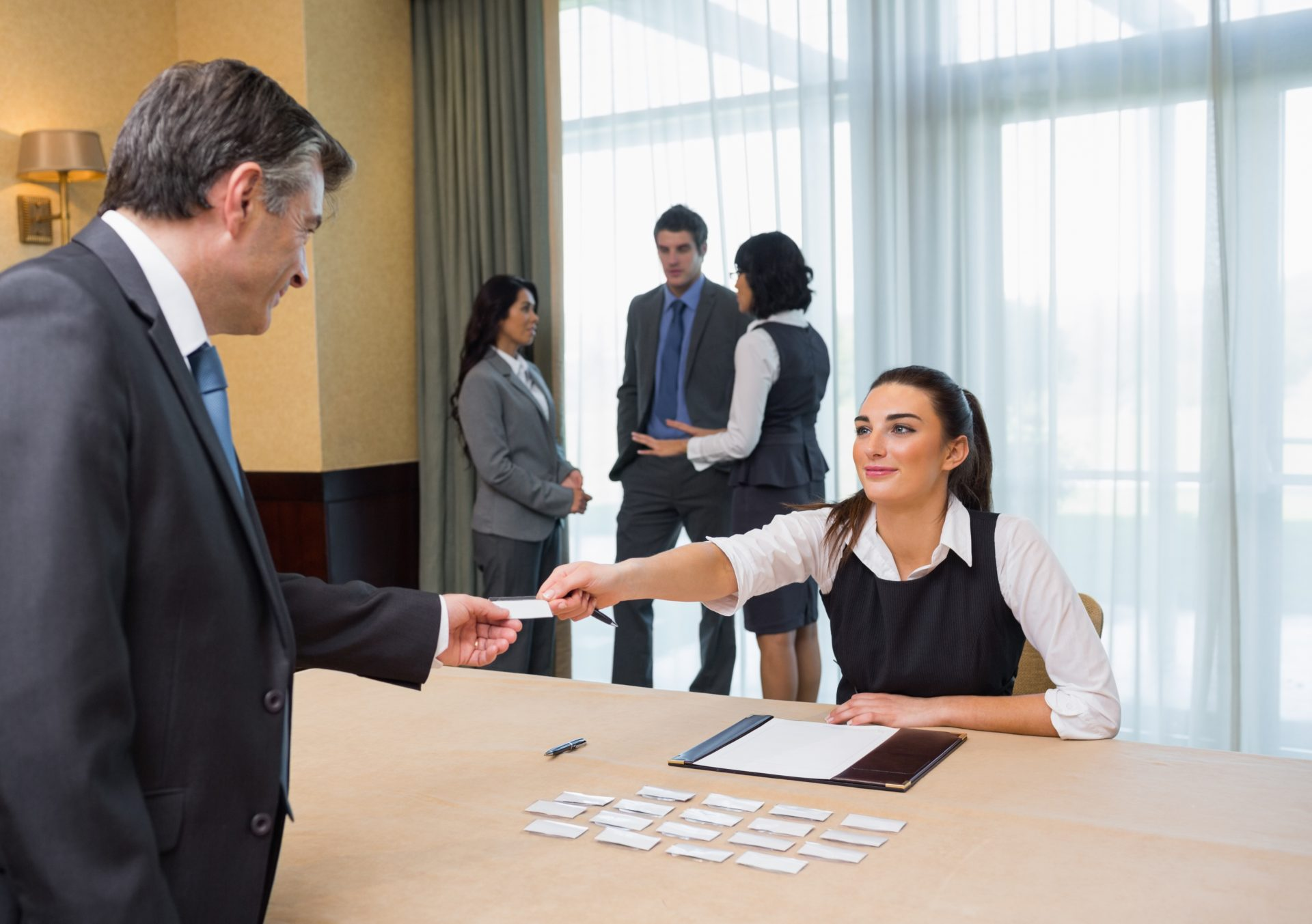 how to become a assistant site manager